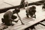 Montáž bazénků na vodní hladině