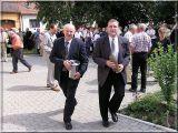 VLOŽENÍ SCHRÁNKY DO BÁNĚ KOSTELA 2. 7. 2005